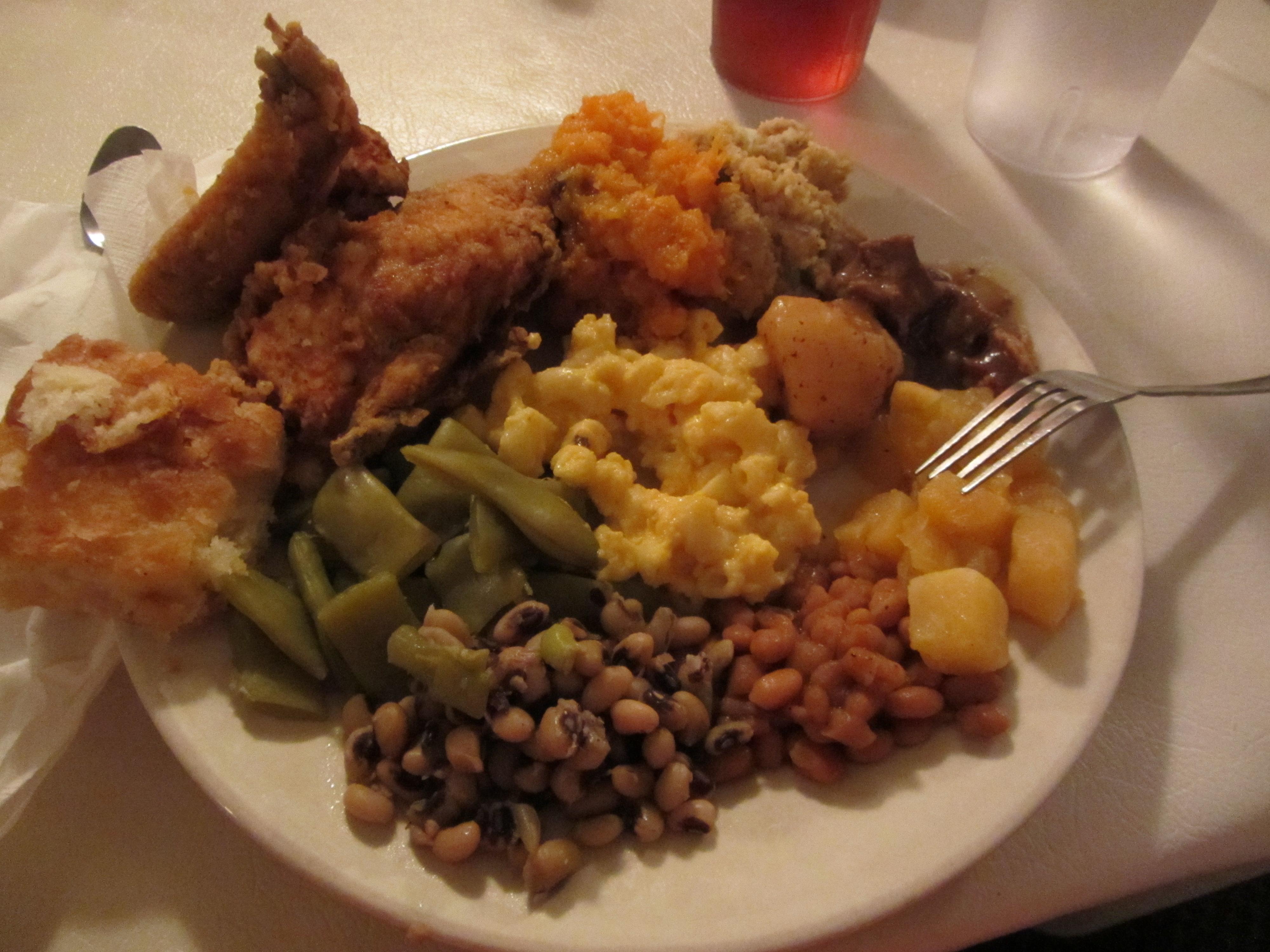 Treat Yo\' Self: Mrs. Wilkes\' Dining Room, Savannah, Ga. (Part 1 of 2 ...